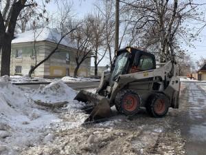 Только с улицы Нефтяников в Самаре за текущий сезон вывезли уже 304 тонны снега