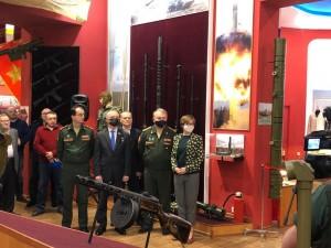Выставка посвящена истории обмундирования, снаряжения и вооружения Российской императорской армии.