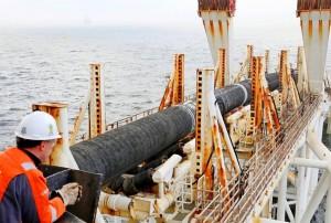 Введение санкций против Nord Stream 2 AG крайне опасно, пишет газета Handelsblatt.
