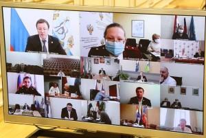 Дмитрий Азаровпровел заседание регионального оперативного штаба.