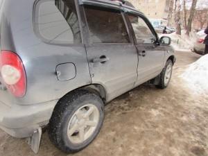 Житель Жигулевска обокрал незакрытую машину