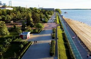 Конкурс паблик-арта позволяет художникам, архитекторам и дизайнерам представить свои видения искусства десяткам тысяч зрителей в общественном пространстве, на берегу Волги.