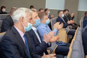 Генеральному директору крупнейшего российского предприятия предложили принять участие в выборах в Госдуму.