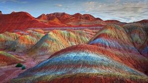 Все цвета были образованы природой, а процесс их формирования занял миллионы лет.