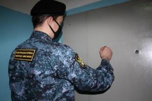 Алиментщица из Самарской области проведет 50 часов за обязательными работами
