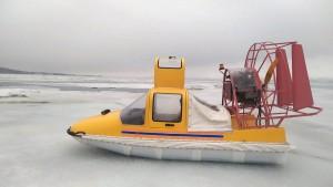 Спасатели доставили двух рыбаков из Самарской области до берега