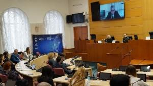 Разговор шёл о науке и бизнесе, высоких технологиях и образовании, региональных властях и молодёжной политике.