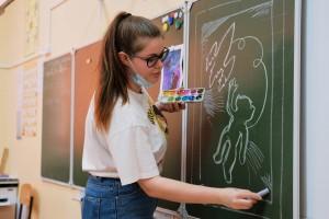 Участники интерактивного урока отправят свои работы на Всероссийскую онлайн-акцию «Мечты о космосе».
