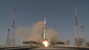 Самарские двигатели вывели на орбиту пилотируемый корабль Союз МС-18