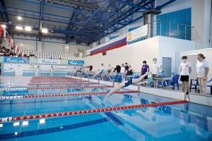 В Кирове прошел первый соревновательный день чемпионата России по плаванию среди ЛИН.