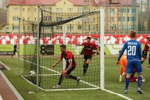 Тольяттинские футболисты, выступающие в Олимп-ФНЛ, в воскресенье завершили домашнюю серию матчей.