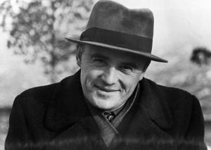 Где жил конструктор вКуйбышеве, ходил ли он в местный театр и на набережную, а также раскрыла секрет его легендарной шляпы.