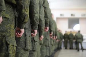 Сегодня на сборном пункте региона состоялись торжественные проводы первых 40 человек, которые отправятся служить в Центральный и Южный военные округа.