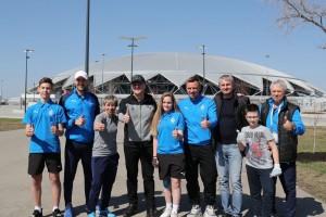 В мероприятии участвовали Дмитрий Азароввместе с футболистами и ветеранами клуба «Крылья Советов», а также юными воспитанниками из «Академии КС».