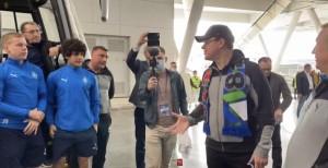Дмитрий Азароввместе с земляками болел за «Крылья» на матче.