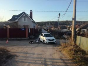 В Тольятти иномарка врезалась в мотоциклиста