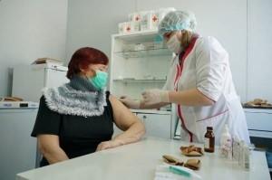 Первый укол против коронавируса сделали уже более 251 тыс. жителей Самарского региона