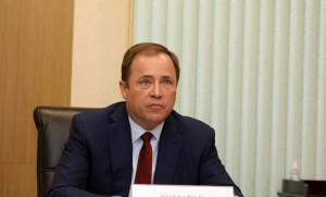 Игорь Комаров отметил, что в целом в округе сложилась высокая правовая культура деятельности СМИ, их отношений с властью и обществом.