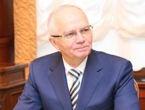 На мероприятии, которое в этом году длилось 78 минут, присутствовал член Совета Федерации ФС РФ – представитель от Самарской области Фарит Мухаметшин.