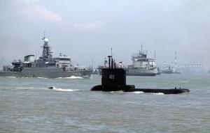 На борту подводной лодки находятся 53 человека.Экипаж перестал выходить на связь 21 апреля.