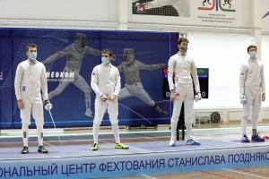 В Новосибирске продолжается чемпионат России по фехтованию.