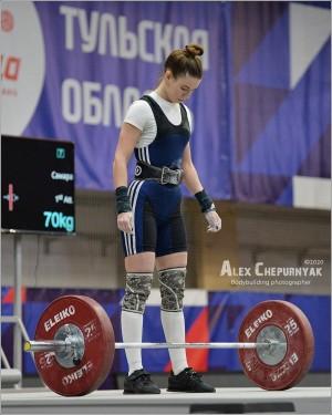 В Оренбурге проходит чемпионат ПФО по тяжелой атлетике.