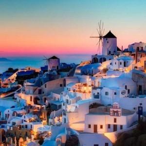 Греция отменила обязательный карантин для въезжающих в страну россиян