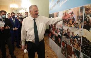 На празднике в честь своего 75-летия он указал на важность сохранения русского мира, напомнил об огромной цене революций и пригласил всех на свой следующий юбилей.