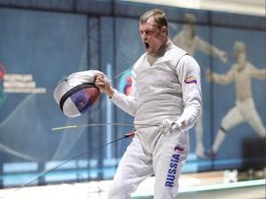 В Новосибирске завершился чемпионат России по фехтованию. На нем блестяще выступили спортсмены Самарской области.