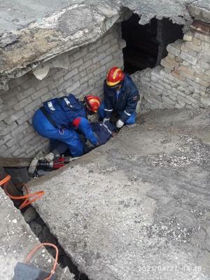 В Самаре бетонная крыша гаража убила мужч
