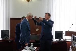 Главу Тольяттипоздравил губернатор Самарской области Дмитрий Азаров.