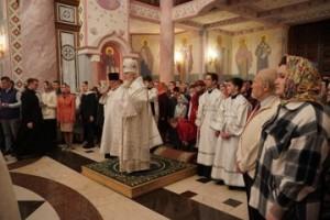 Митрополит Самарский и Новокуйбышевский провёл праздничную службу в Софийском соборе Самары