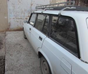 Сосед помог жителю Жигулевска погрузить вещи в машину и обокрал его