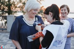 Георгиевская лента – знак уважения и благодарности, поэтому носить ее нужно достойно.