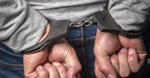 Он признался в преступлении и рассказал о его мотиве и обстоятельствах.