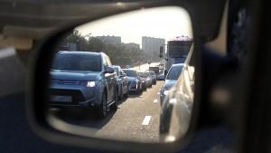 Мелкие неисправности в машине, дорожные знаки и разметка могут стать причиной того, что автовладельцы получат серьезный штраф.