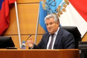 Председатель регпарламента накануне Послания Дмитрия Азарова рассказал, как губерния получила основу для дальнейшего развития опережающими темпами.