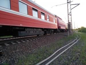 Для тушения пожара привлечено 165 человек и 36 едиництехники, в том числе 2 пожарных поезда.