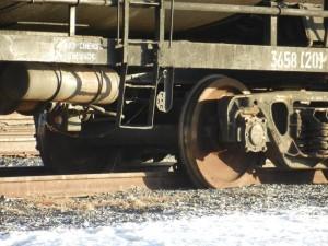 Повреждены контактные линии передач, прогнозируется задержка поездов.
