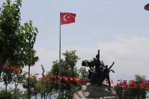 Авиасообщение с Турцией возобновится не раньше 15 июня