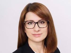 Светлана Бескоровайная: Благодаря Дмитрию Азарову в Самарской губернии работает поддержка промышленности и предпринимательства