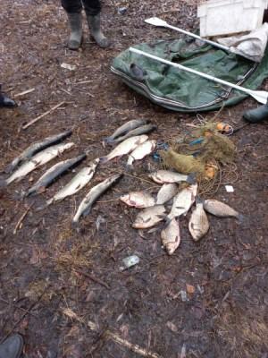 В Сызранском районе мужчина незаконно ловил рыбу сетью