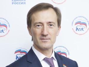 Депутаты оценили четкость задач, поставленных Дмитрием Азаровым перед законодательной властью, и эффективность инструментов их реализации.