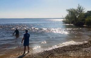 В Самарской области мужчина утонул, спасая из воды женщину и ребенка