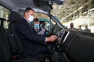 Игорь Комаров заявил, что пуск производства - очень важное событие не только для коллектива завода и для нижегородцев, но и для всей автомобильной отрасли.