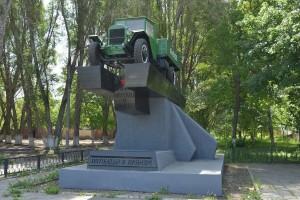 На обсуждение представлены 4 монумента, которые будут олицетворять Самару-Куйбышев на почтовой марке.