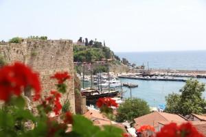 В Турции допустили отмену ПЦР-тестов для въезда туристов из России