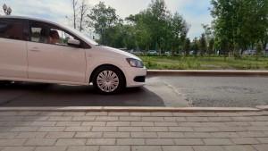 В Самаре на дублере Московского шоссе образовался провал на проезжей части