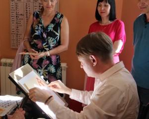 Пройдут авторские экскурсии известного самарского каллиграфа, основателя собственной школы, Николая Воронина.