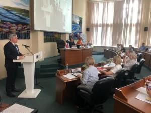 На нем обсудили новые экономические тренды и факторы развития регионов.